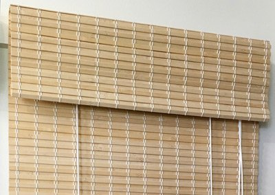 Woven Bamboo Blind in natural/lacquered finish